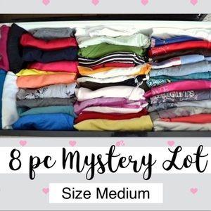 Mystery Box 8 pc women Top Brands size Medium